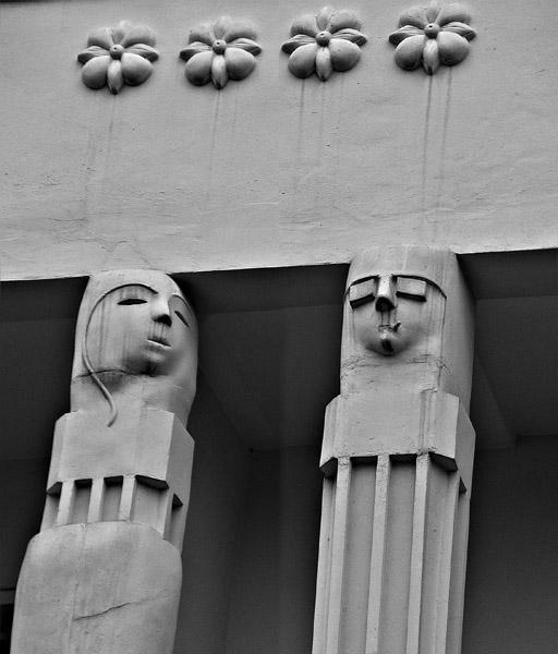 B-W_Statues_0285