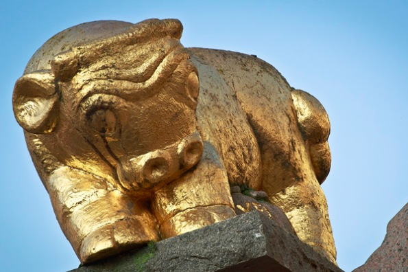 Detail from the Golden Calf statue at Gossip Square (Skvallartorget) in Norrköping, Sweden.