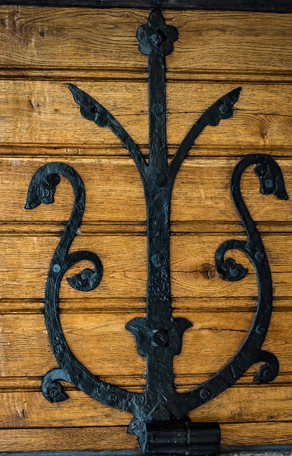 Norrköping, church door, hinge, iron, wood